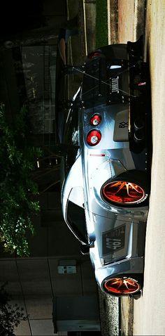 (°!°) BadAss Nissan GT-R Liberty Walk
