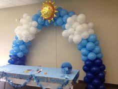 Sunshine latex balloon arch
