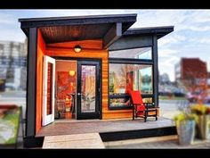 """Studio37"", A Modern Prefab Cottage 