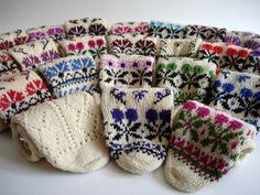 Sukan / Hand Knitted Turkish Natural Sheep Wool Unisex by sukan, Lace Socks, Wool Socks, Knit Mittens, Mitten Gloves, Knitting Socks, Hand Knitting, Knit Leg Warmers, Gold Pillows, Fair Isle Knitting