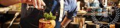 Corso per barman a Roma: il primo livello per la professione bartender Vuoi diventare un bartender esperto? Cncretizza il tuo sogno di diventare un esperto di american bar, seguendo un corso per barman a Roma. Accademia Bartendence riserva corsi per baristi di I livello. #corsobarman #corsibaristi #lavoro