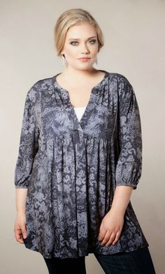 Looking for an effortless plus size top to wear? Fashion that works on-the-go for everyday comfort?