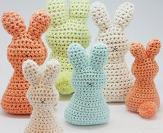 Easter bunnies (with link to free Dutch pattern)