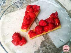 Osvježavajući kolač s jagodama - Happiness is Homemade Raspberry, Strawberry, Happy Kitchen, Happiness, Homemade, Fruit, Food, Bonheur, Eten