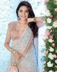 Anjum Fakih Famous Kundali Bhagya Actress Wiki, Birthday, Husband, Photos, Father name and much more. Girl Celebrities, Indian Celebrities, Celebs, Hourglass Dress, Photoshop, Husband Birthday, Hair Color For Black Hair, Beautiful Hijab, Indian Models