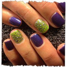 Shellac nails dots #nails #nailart #beauty