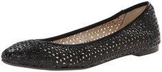 Nine West Women's Atypical Ballet Flat, Black, 7.5 M US Nine West http://www.amazon.com/dp/B00NC2ZKNK/ref=cm_sw_r_pi_dp_MsfXub1C7VVND