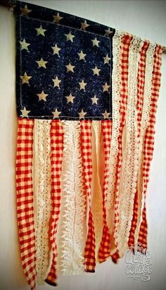 Details of European style homes. - Details of European style homes. Details of European style homes. Americana Crafts, Patriotic Crafts, July Crafts, Summer Crafts, Holiday Crafts, Patriotic Shirts, Patriotic Wreath, Patriotic Party, Fourth Of July Decor