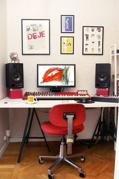 A simple, neat, home recording studio set up.
