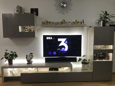 iWohnung Stojadinovic Flat Screen, Home, Lighting, Projects, Blood Plasma, Flatscreen, Dish Display