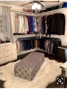 Spare Bedroom Closets, Room Ideas Bedroom, Master Closet, Spare Room Closet, Diy Bedroom, Dream Closets, Closet Bench, Basement Closet, Open Closets