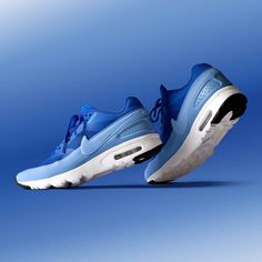 huge selection of 13be1 2376e With a breathable lightweight design, the Nike Womens Air Max BW Ultra  Trainer is available