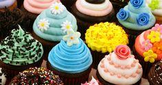More beautifully presented cupcakes