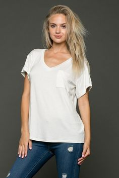 Loose Fit Ivory Tshirt