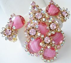 Vintage Juliana DeLizza and Elster Large Brooch Or Pendant & Earring Set with Pink Art Glass Givre Stones -Pink Aurora Borealis Rhinestones and Pink Rhinestones