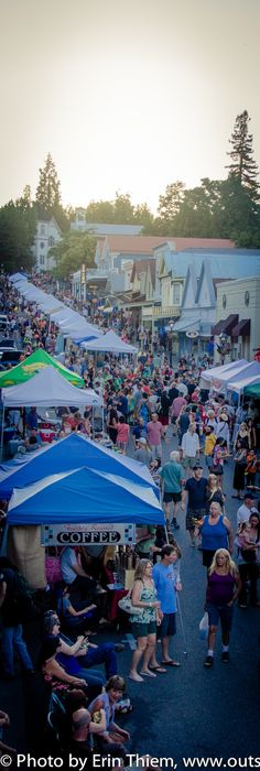 Nevada City Summer Nights, Wednesday evening, 6-9:30pm downtown Nevada City, food, vendors, live music, entertainment, photo by Erin Thiem, Outside Inn