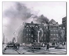 Bill Friedrich has been sharing vintage photos of the Chicago Fire Department. Several images here depict classic winter scenes on the fireground in Chicago. Fireman Room, American Firefighter, Chicago Fire Department, Chicago Pictures, Firefighter Pictures, Chicago River, Fire Apparatus, Fire Engine, Scene Photo