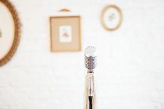 www.lorenzapozza.com www.musicaparacasar.com @lorenzapozza .  Voz: Lorenza Pozza  Violão: Yuri Prado  Cajón: Rodrigo Sena Áudio por Thiago Faria .  Vídeo por Rodrigo de Paula https://www.rodrigodpaula.com.br/ Local: Casinha Quintal  Fotos: Flavia Valsani  Beleza: Puntuale (Rachel Ramos) Vestidos: Karen Rodrigues e Vestiderie  Assessoria de figurino masculino: Bendito Noivo (Deborah Cattani)  Coletes, camisas, sapatos: Camargo Alfaiataria Gravatas: O Francês Gravataria Coroa de Flores: Filiz…