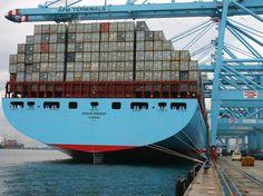 As vias marítimas hoje estão especialmente favoráveis ao transporte de cargas de grande tonelagem para grandes distâncias.