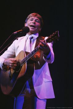 Image detail for -John Denver in Concert at Marconi Auditorium - March 20, 1984