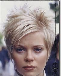 Résultats de recherche d'images pour «coupe de cheveux court femme…
