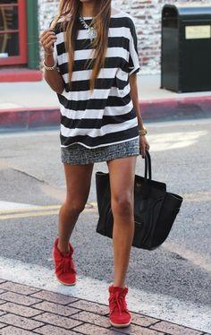 Red shoes! Black Celine bag!