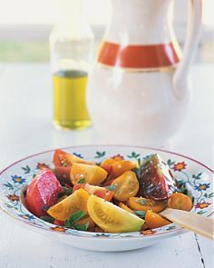 Tomatoes with Oregano and Lime - This recipe calls for lime juice -- rather than the more typical lemon juice or vinegar -- to brighten the sweet flavor of summer tomatoes.