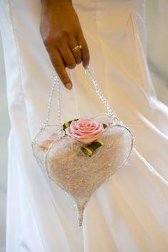 Laurel Wedding Flowers  www.laurelweddings.com