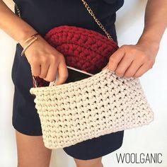 #코바늘가방 #원데이클래스 #여름가방 #crochetbag #instacrochet #티셔츠얀 #trapillo #crochet #bag #summerbag #model #woolganic #woolandthegang #handmadebag #winecolor #beige #베이지색 #와인색 #가방 #세련된가방 #뜨개가방 #knitbag