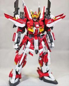 "4,754 Me gusta, 9 comentarios - GUNDAMSTAGRAM (@gundamstagram) en Instagram: ""MG 1/100 Gundam Mk. II ""Shuriken"" // modelled by snglemedia - Follow us on Facebook! -…"""