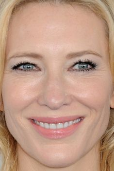 Close-up of Cate Blanchett at the 2016 Independent Spirit Awards.