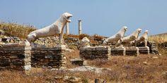 #Löwen #Statuen in #Delos, #Griechenland © Jürgen Garneyr Mykonos, Camel, Animals, Santorini, Statues, Greek, Greece, Adventure, Vacation