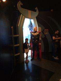 Con Thor, el del martillo.