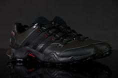 Das #Modell ist um die #Technologie Adiprene, Prima #Loft, #Traxion bereichert. Bequeme #Schuhe für jeden Tag!  - Art der Sohle: #Kunststoff - Art des Inneren:#Textil - Linie:#Originals - Schaftstoff:Kunststoff - System:adiPRENE, Traxion