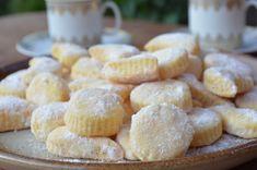 Smetanové cukroví – Bezlepkově Christmas Cookies, Hamburger, Cereal, Muffin, Breakfast, Food, Cakes, Xmas Cookies, Morning Coffee