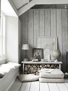 Un #loft dall'atmosfera moderna, con toni neutri e materiali grezzi #mansarda #home #decor