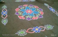 Its a very simlpe rangoli .which made attractive with the colors. Indian Rangoli Designs, Rangoli Designs Latest, Simple Rangoli Designs Images, Rangoli Designs Flower, Rangoli Border Designs, Rangoli Patterns, Rangoli Ideas, Rangoli Designs With Dots, Flower Rangoli