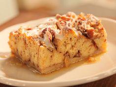 Cinnamon French Toast Bake with Pillsbury Canned Cinnamon Rolls.  Yummy!!