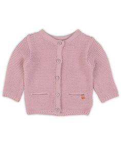 Stijlvol vest voor meisjes in violet uit de collectielijn #5 Petit life, Sweet love. Vest met ronde hals en lange mouw, ribboord onderaan, in een zachte fine knit kwaliteit, knoopsluiting voor met luxe accent knoopjes, zakje links en rechts.