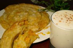 KNUSPERKABINETT: Kürbisbörek with Ajran. Homemade vegan filo pastry with a gorgeous pumpkin filling Vegan Vegetarian, Vegetarian Recipes, Filo Pastry, Pumpkin, Cheese, Homemade, Healthy Eating, Pizza, Drinks