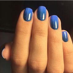 Accurate nails Beautiful nails 2020 Blue manicure Ideas of ombre nails Ideas of winter nails Obmre nails Ombre nails Ombre shellac nails Blue Shellac Nails, Shellac Nail Designs, Blue Ombre Nails, Gradient Nails, Nail Art Design Gallery, Best Nail Art Designs, Glitter Acrylics, Nail Art For Beginners, Blue And Green