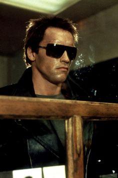 Arnold Schwarzenegger / (1947- , age 37) as Terminator in ...