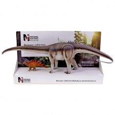 Diplodocus and Kentrosaurus models