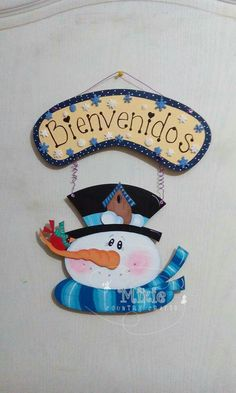 Para los osos del coro Handmade Christmas Decorations, Felt Decorations, Christmas Crafts For Kids, Xmas Crafts, Christmas Art, Country Paintings, Craft Show Ideas, Snowman Crafts, Xmas Ornaments