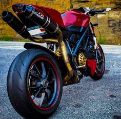 Ducati Monster  Derestrict