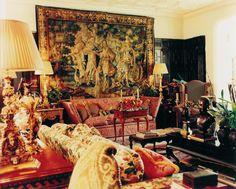 william r eubanks interior design - Bing images Formal Living Rooms, Living Room Decor, Living Spaces, Beautiful Bedrooms, Beautiful Interiors, Beautiful Wall, Classical Interior Design, Victorian Interiors, Gypsy Decor