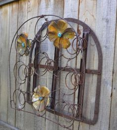 Top 24 Creative Ideas for Repurposing Bed Springs Garden art Bed Spring Crafts, Spring Projects, Spring Art, Spring Garden, Diy Projects, Old Mattress, Mattress Springs, Rusty Bed Springs, Box Springs