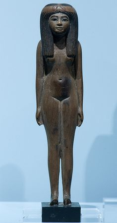 Tomb statuette of a girl (RMO Leiden, wood + color traces 13cm Thebe 18d)