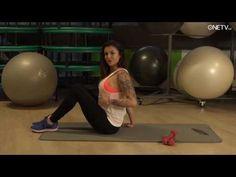 Chcete se pyšnit vosím pasem? Krásná fitness trenérka vám poradí, jak na to! - YouTube