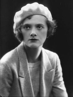 Daphne du Maurier - author whose best known works include Rebecca, Jamaica Inn and The Birds. All three were made into films directed by Alfred Hitchcock. She died on April 1989 at the age of Book Writer, Book Authors, Books, Writers And Poets, Harlem Renaissance, Louisa May Alcott, Alphonse Daudet, Daphne Du Maurier, People Of Interest